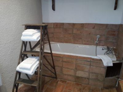 """salle de bains chambre d'hôtes """"lou masso"""""""