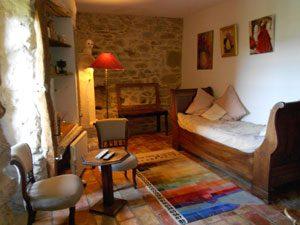 le salon attenant à la chambre d'hôtes Lau Pallo a Pan la Narbonnaise 11 Aude
