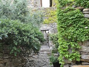 la calade authentique chambres d'hôtes près de Narbonne Le roc sur l'orbieu