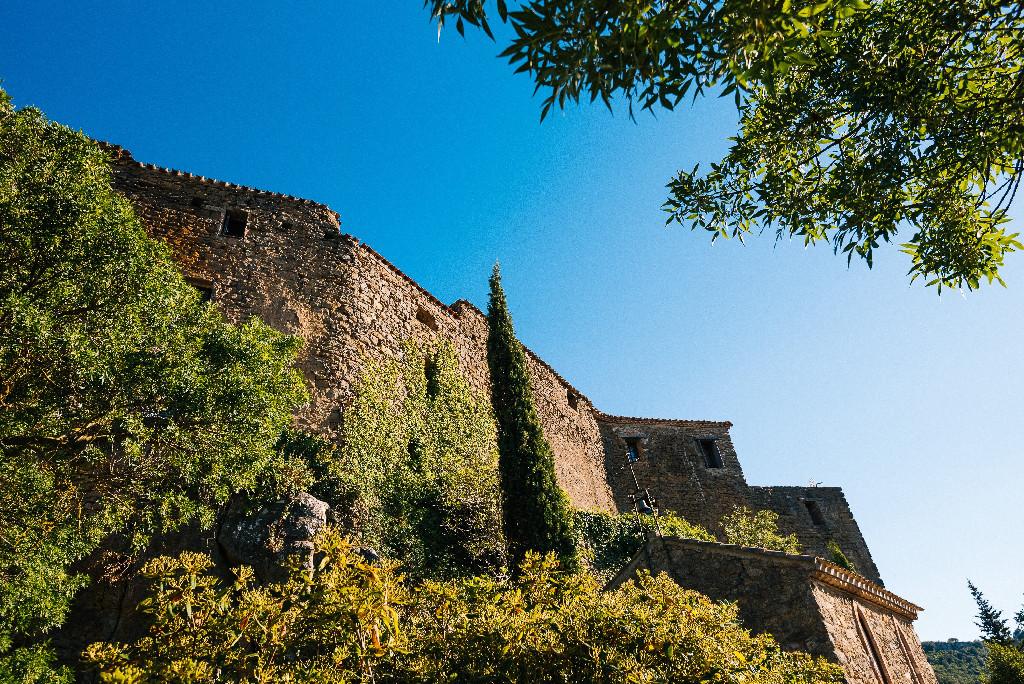 photo du château - Location de vacances - Gîtes entre Carcassonne et Narbonne Le Roc sur l'Orbieu
