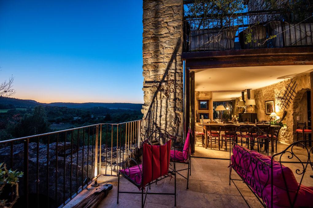 terrasse et vue maison le four à pain - le roc sur l'orbieu-location vacances entre Carcassonne et Narbonne
