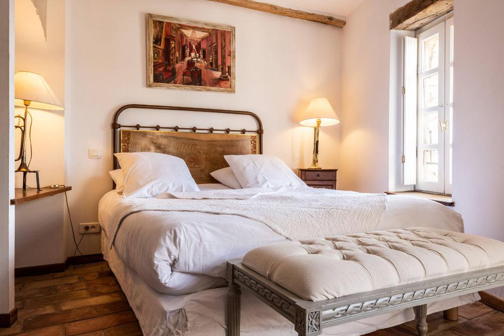 chambre double premier étage le four à pain au Roc sur l'Orbieu gîtes en location vacances entre Carcassonne et Narbonne