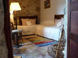 chambre 2 lits simples au 1° étage au Roc sur l'Orbieu - location vacances entre Carcassonne et Narbonne