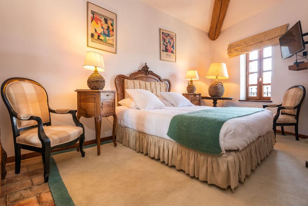 chambre double second étage le four à pain au Roc sur l'Orbieu gîtes en location vacances entre Carcassonne et Narbonne