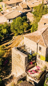 gîte le roc sur l'Orbieu entre Carcassonne et Narbonne