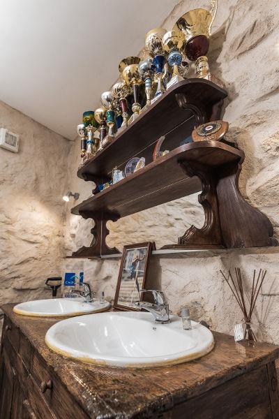 salle de bain au Roc sur l'Orbieu gîtes entre Carcassonne et Narbonne