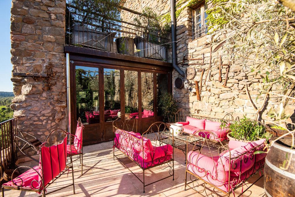terrasse du rez-de chaussée maison le four à pain - le roc sur l'orbieu-location vacances entre Carcassonne et Narbonne