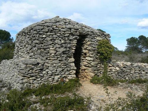 Une capitelle - Gite et Location Vacances en Corbières - Le Roc sur l'Orbieu, entre Narbonne et Carcassonne
